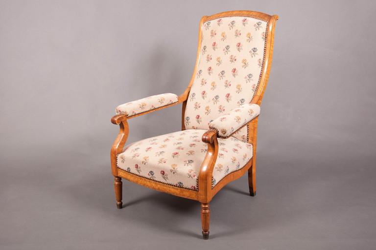 Fauteuil voltaire charles x rable mouchet galerie - Restauration fauteuil voltaire ...